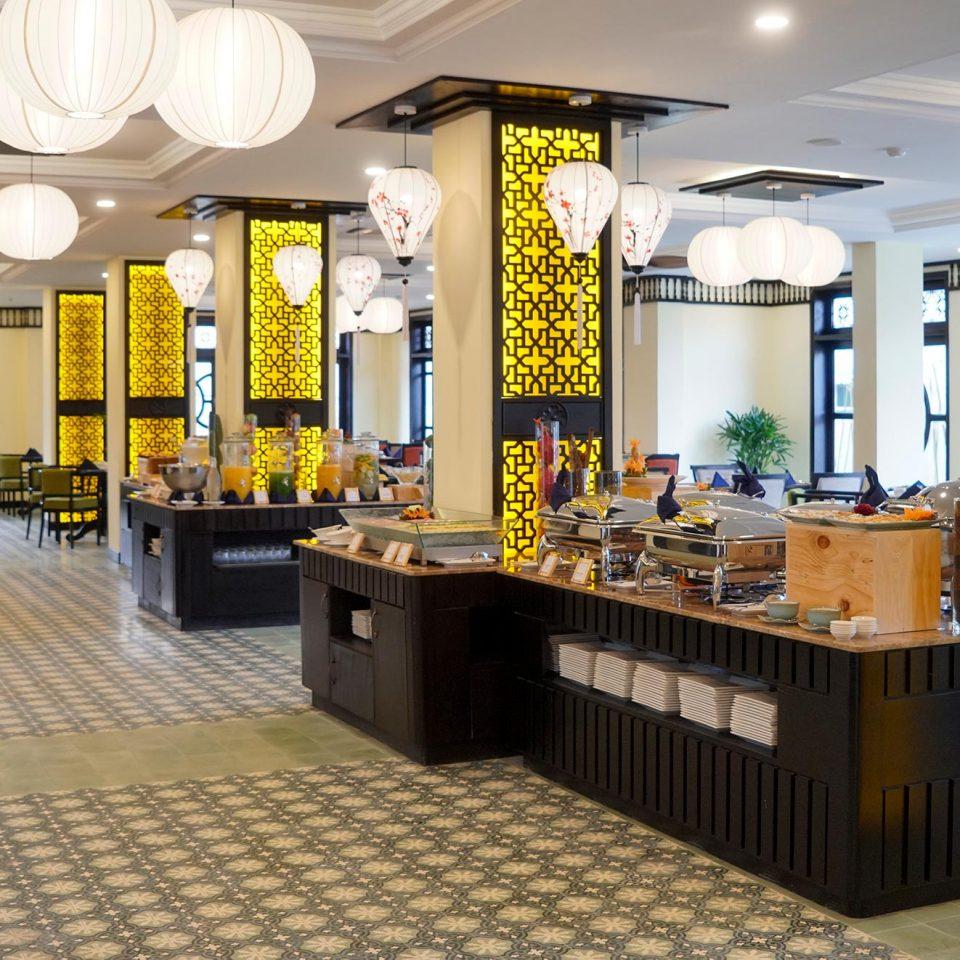 60.Le Pavillon Cafe