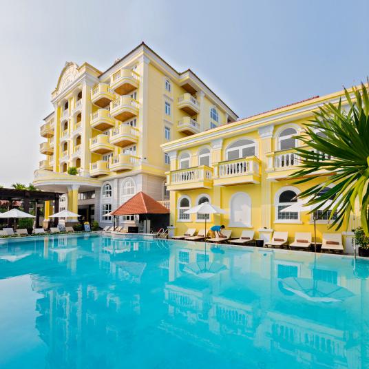Luxury Resort Spa